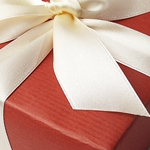 Gift wrap and Gift Boxes for your Pierotucci online purchases