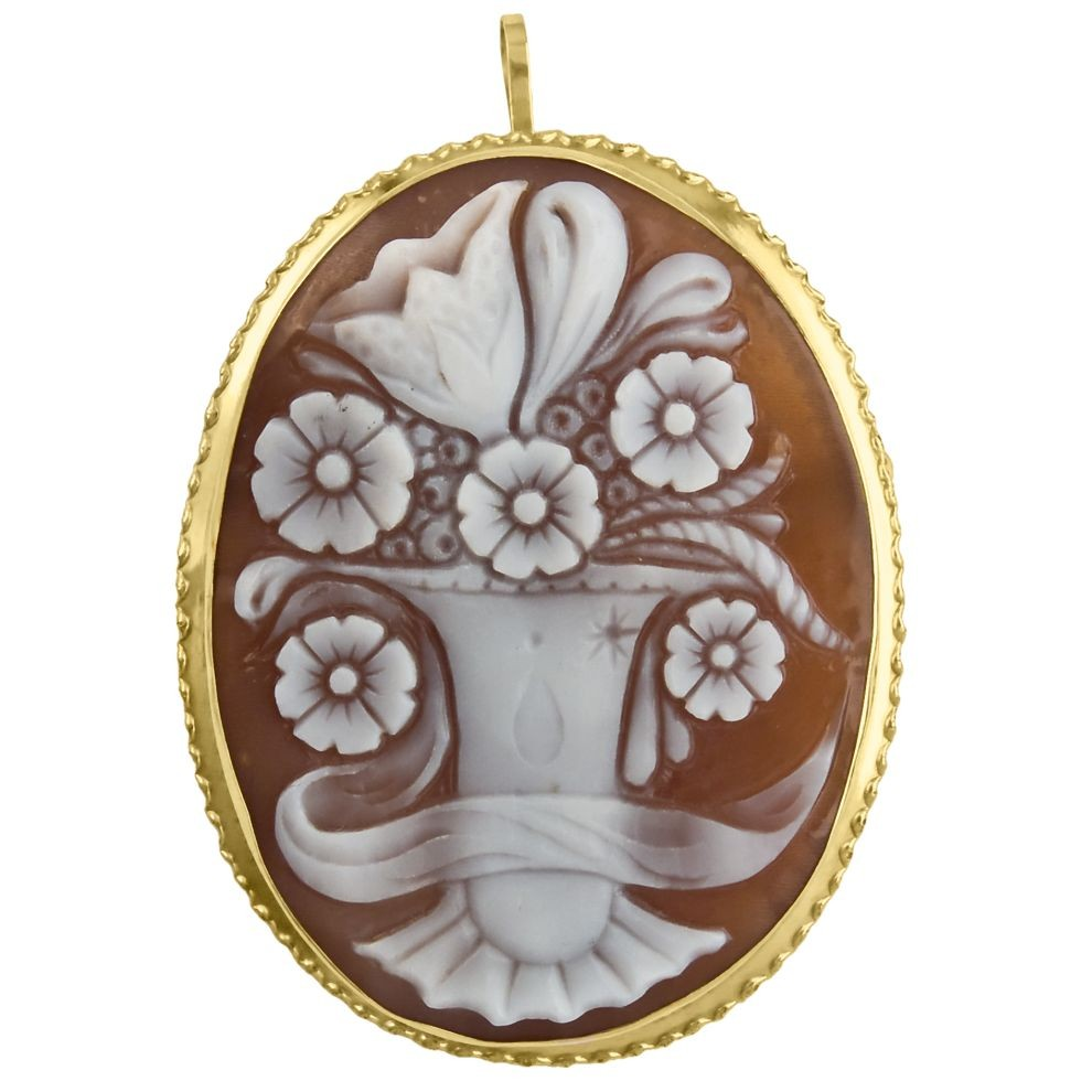 Cameo Pin Amp Brooch In Sardonyx Featuring A Vase With