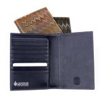 Cuoiofficine Passport Holder Unisex in Marbled Leather